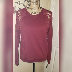 Sugar Rain crotchet shoulder sweater S